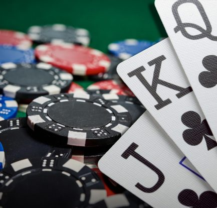 Knowing When To Fold In Poker - Points To Ponder